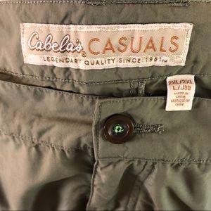 Cabela's men's two XL pants mesh lined pockets